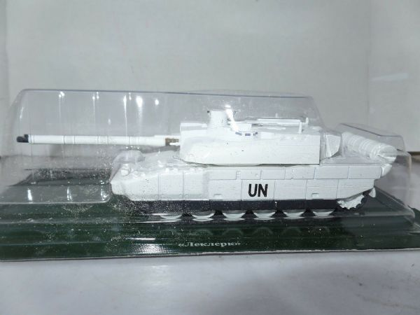 FF17 Russian 1/72 Scale French France Tank Leclerc T5 UN White